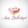 Annis-Buecherstapel